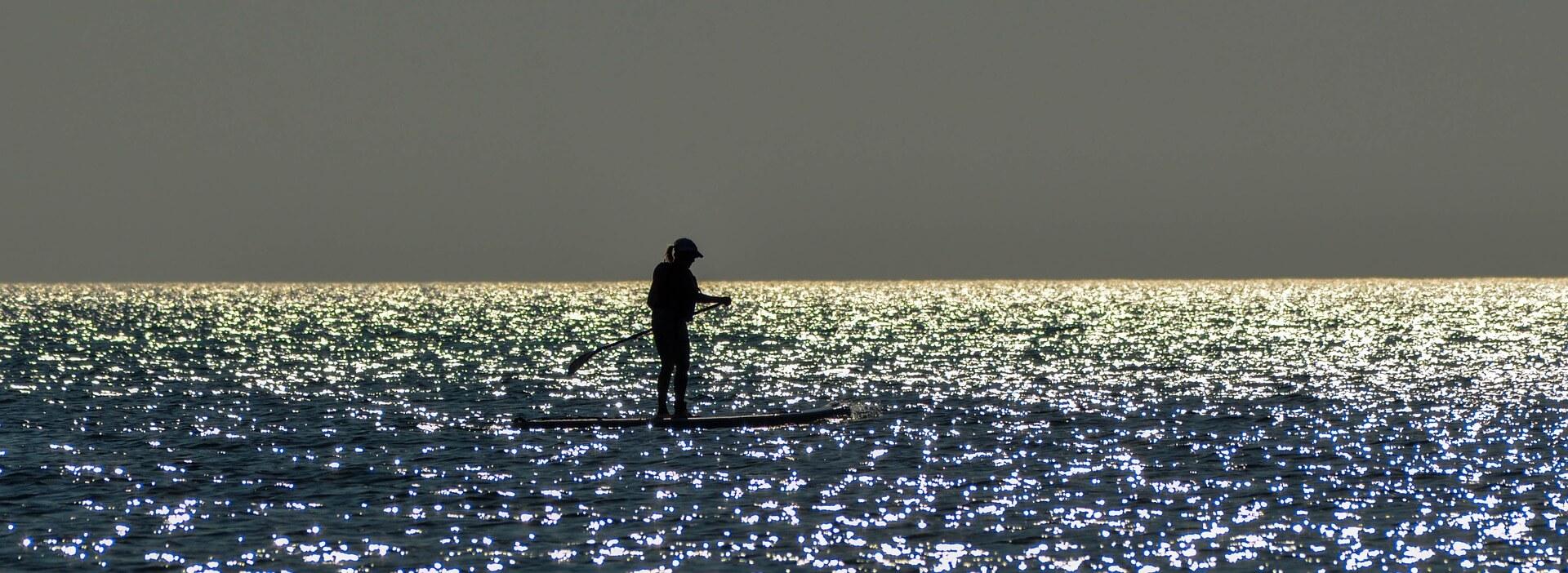 Paddle en mer fin de journée