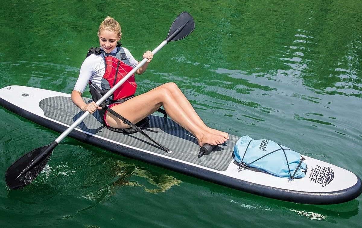 femme sur Paddle kayak bestway